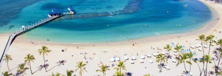 Duke's Beach at Waikiki / Fort DeRussy Beach / Kahanamoku Beach